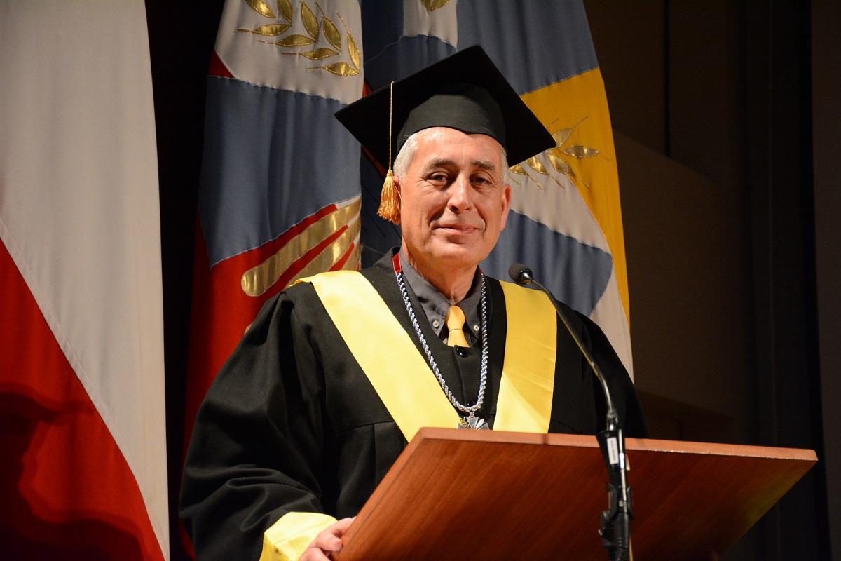 Consejo Superior Universitario proclamó al Dr. Hans Richter Becerra como nuevo rector UACh